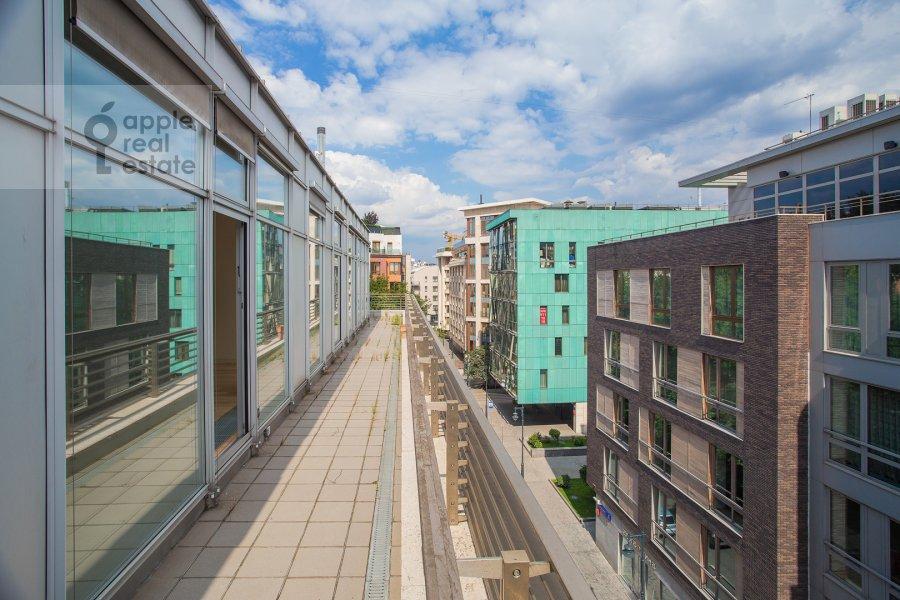 Балкон / Терраса / Лоджия в 5-комнатной квартире по адресу Молочный переулок 1