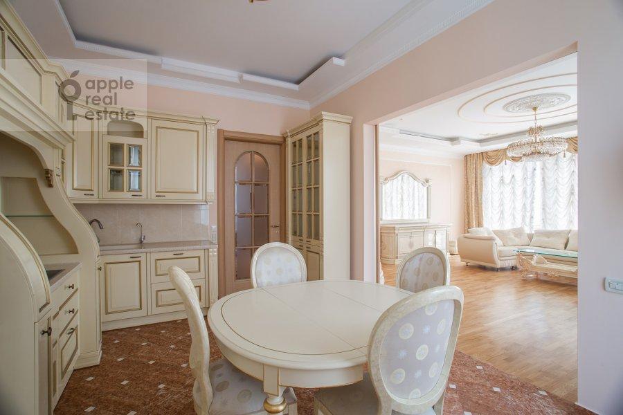 Kitchen of the 3-room apartment at Butikovskiy pereulok 5