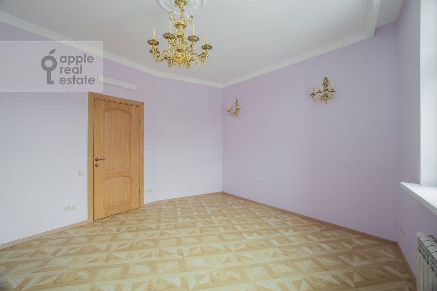 Children's room / Cabinet of the 6-room apartment at Serpukhovskiy Val 21k4