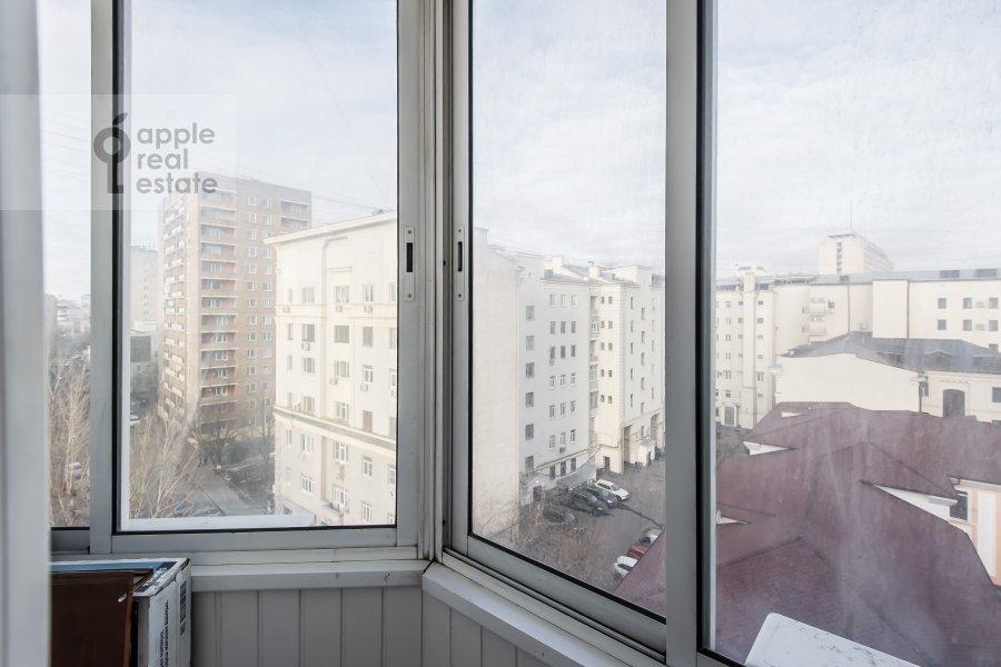 Balcony / Terrace / Loggia of the 3-room apartment at Gilyarovskogo 7