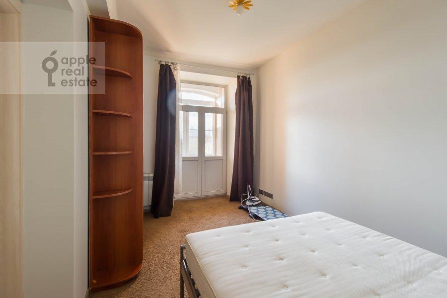 Bedroom of the 2-room apartment at Frunzenskaya naberezhnaya 50
