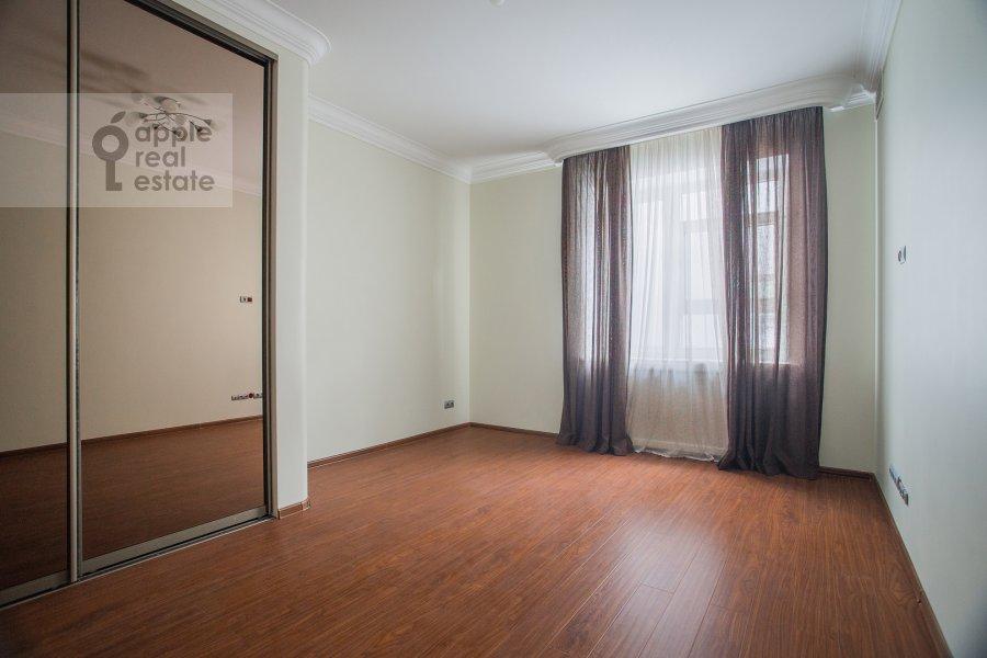 Детская комната / Кабинет в 4-комнатной квартире по адресу Островной проезд 9К1