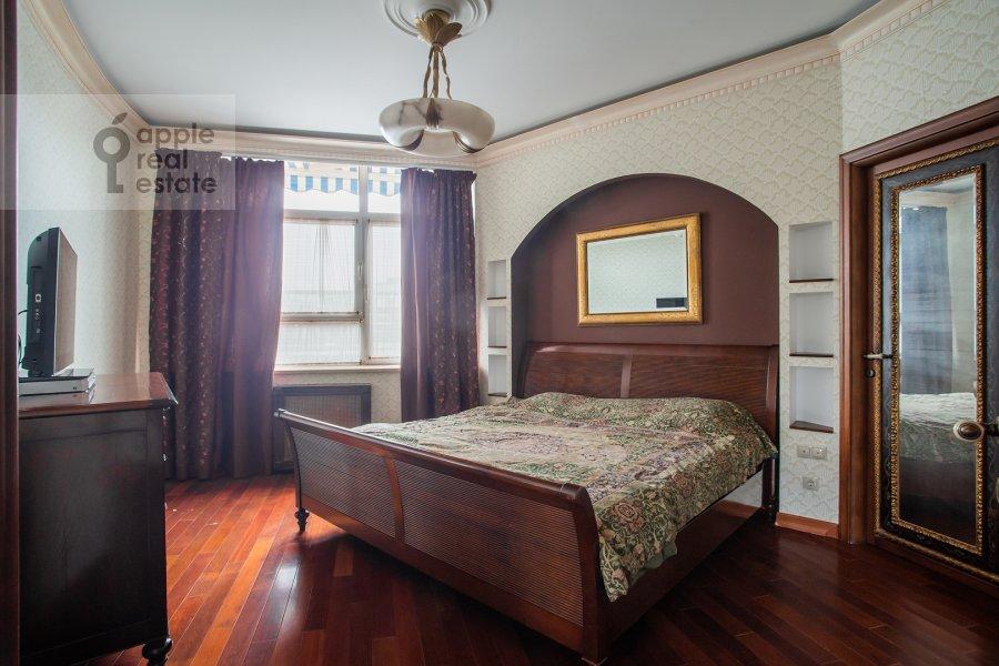 Спальня в 4-комнатной квартире по адресу Островной проезд, 12К1