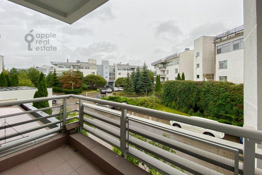 Балкон / Терраса / Лоджия в 4-комнатной квартире по адресу Островной проезд, 12К1