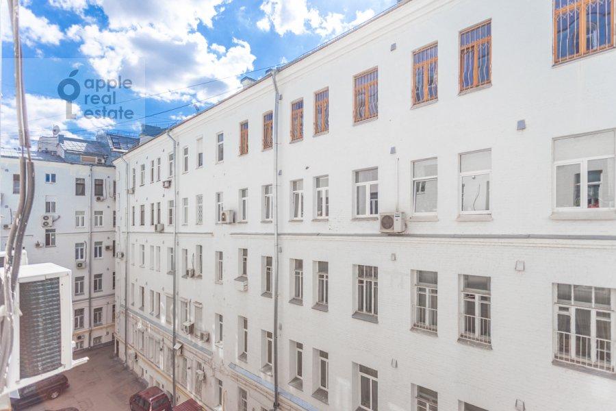 Вид из окна в 3-комнатной квартире по адресу Тверская улица 12с8