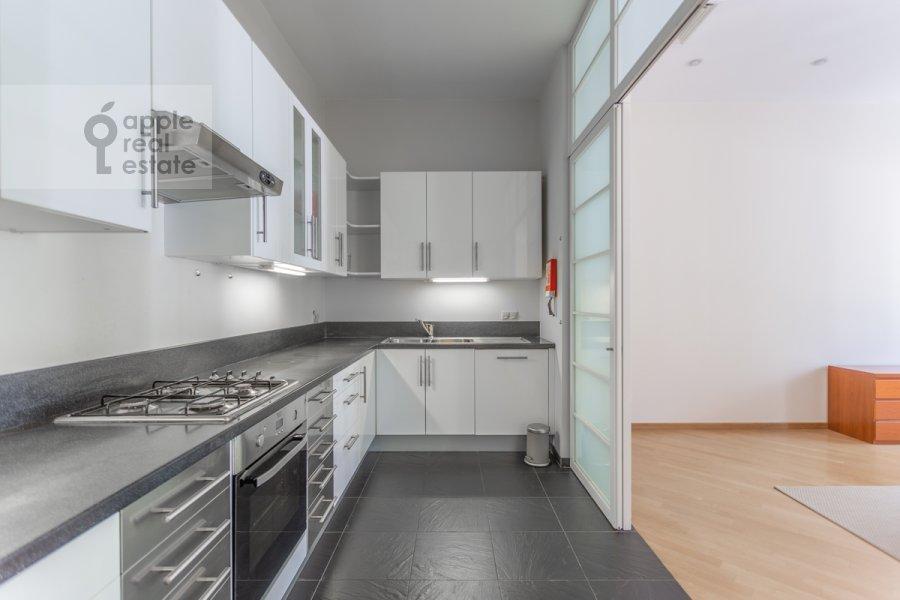 Кухня в 3-комнатной квартире по адресу Тверская улица 12с8