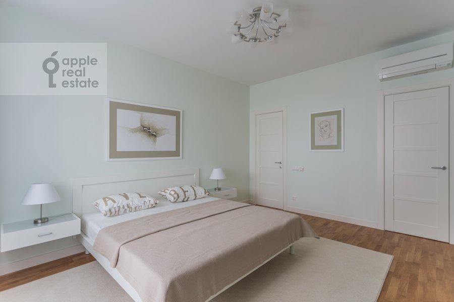 Bedroom of the 3-room apartment at Serpukhovskiy Val 21k3