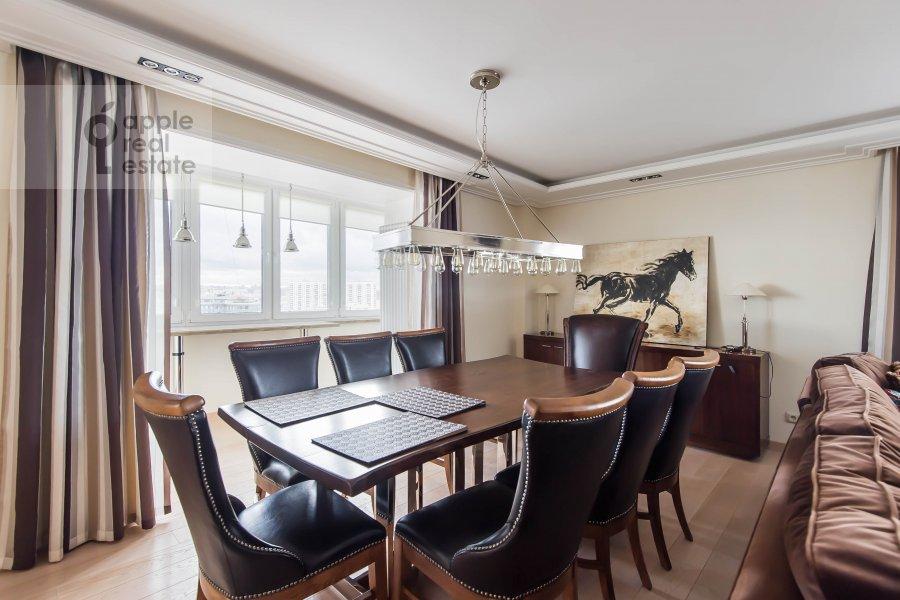 Гостиная в 3-комнатной квартире по адресу Гагаринский переулок 27
