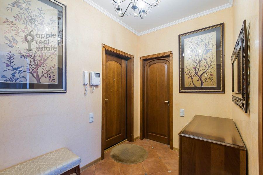 Коридор в 2-комнатной квартире по адресу Новорязанская ул. 30А
