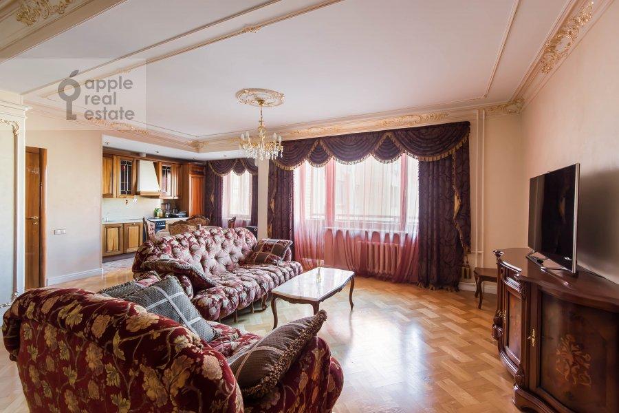 Гостиная в 3-комнатной квартире по адресу Большая Якиманка 26