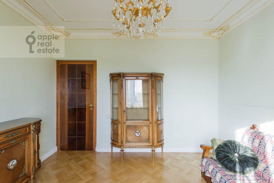 Children's room / Cabinet of the 3-room apartment at Bol'shaya Yakimanka 26