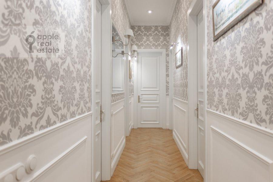 Corridor of the 5-room apartment at Likhov pereulok 8