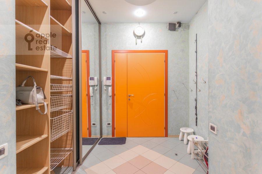 Corridor of the 5-room apartment at Skatertnyy pereulok 11