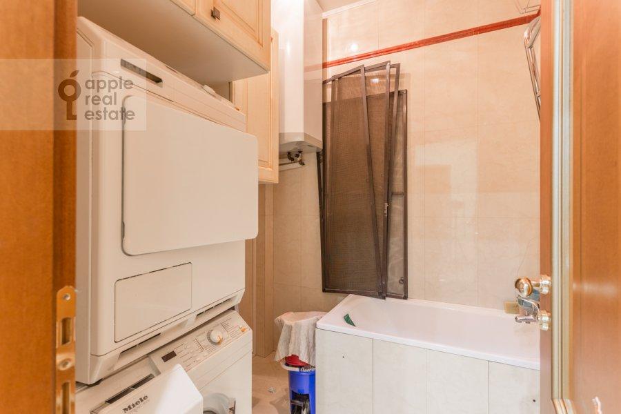 Walk-in closet / Laundry room / Storage room of the 5-room apartment at Udal'tsova 85k4