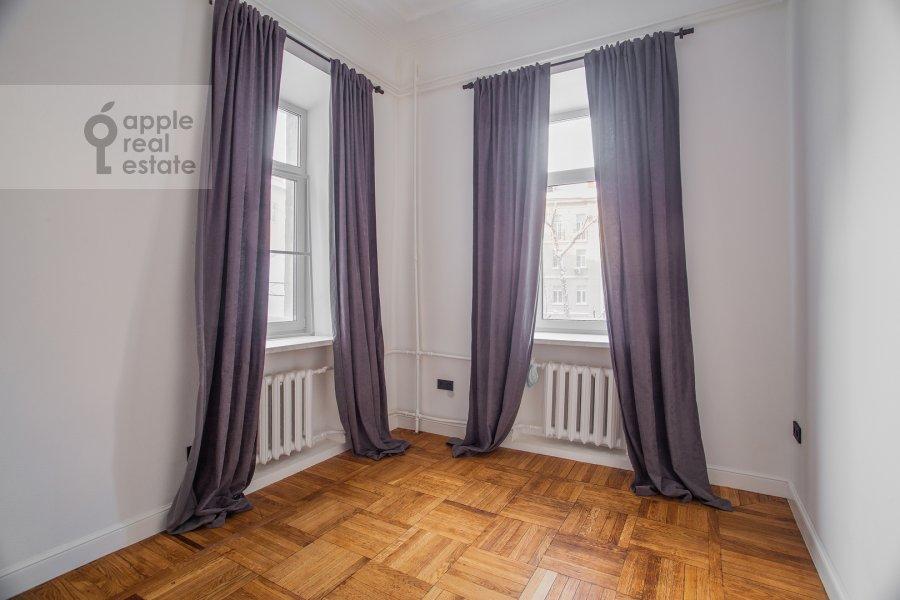 Детская комната / Кабинет в 6-комнатной квартире по адресу Садовая-Кудринская улица 23С1