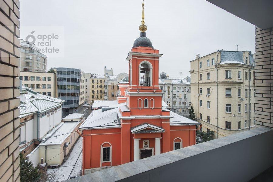 Вид из окна в 2-комнатной квартире по адресу Большой Афанасьевский переулок 25