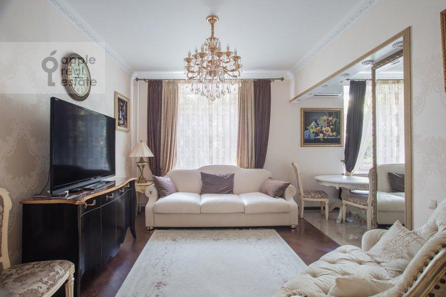 Гостиная в 3-комнатной квартире по адресу Лесная улица 63с1