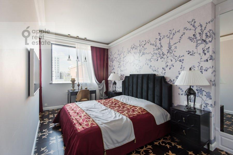 Bedroom of the 3-room apartment at Sadovnicheskaya ulitsa 57S2
