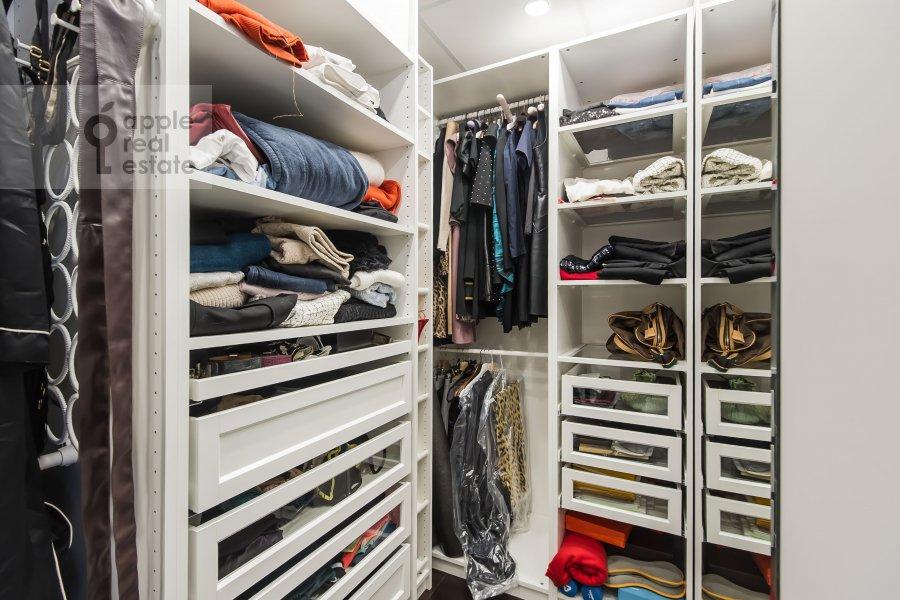 Walk-in closet / Laundry room / Storage room of the 3-room apartment at Sadovnicheskaya ulitsa 57S2