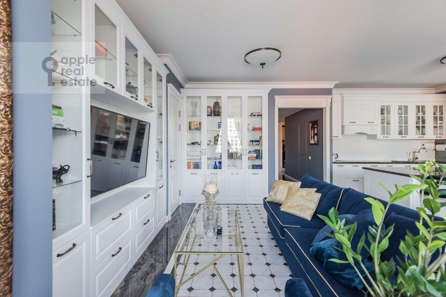 Living room of the 3-room apartment at Sadovnicheskaya ulitsa 57S2