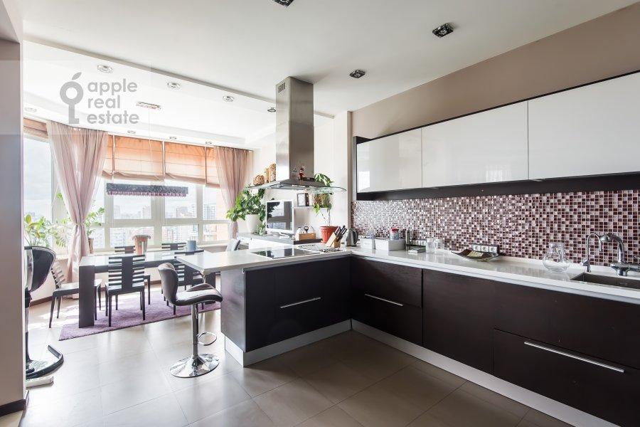 Kitchen of the 4-room apartment at Udal'tsova 77