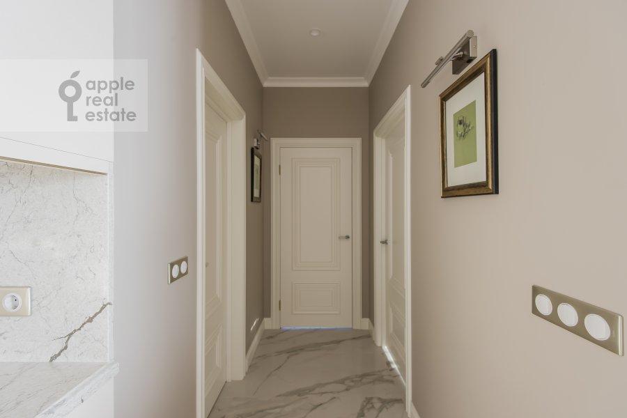 Corridor of the 3-room apartment at Shmitovskiy proezd 39/2