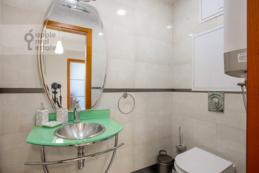 Санузел в 4-комнатной квартире по адресу 4-я Тверская-Ямская улица 22
