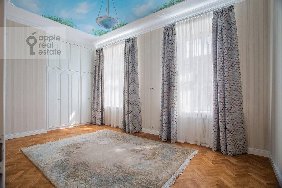 Спальня в 5-комнатной квартире по адресу Сретенский бульвар 6/1к1