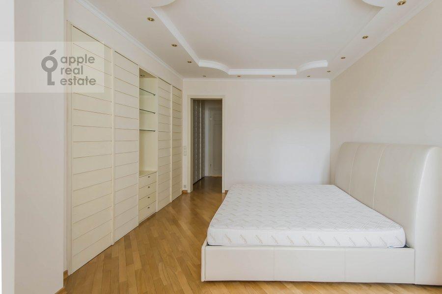 Спальня в 3-комнатной квартире по адресу Большая Грузинская улица 37С2