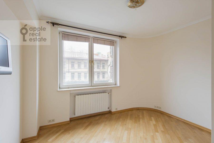 Детская комната / Кабинет в 3-комнатной квартире по адресу Большая Грузинская улица 37С2