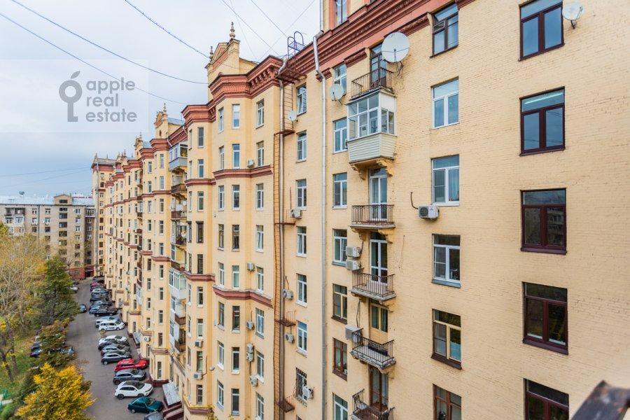 Photo of the house of the 3-room apartment at Frunzenskaya naberezhnaya 46