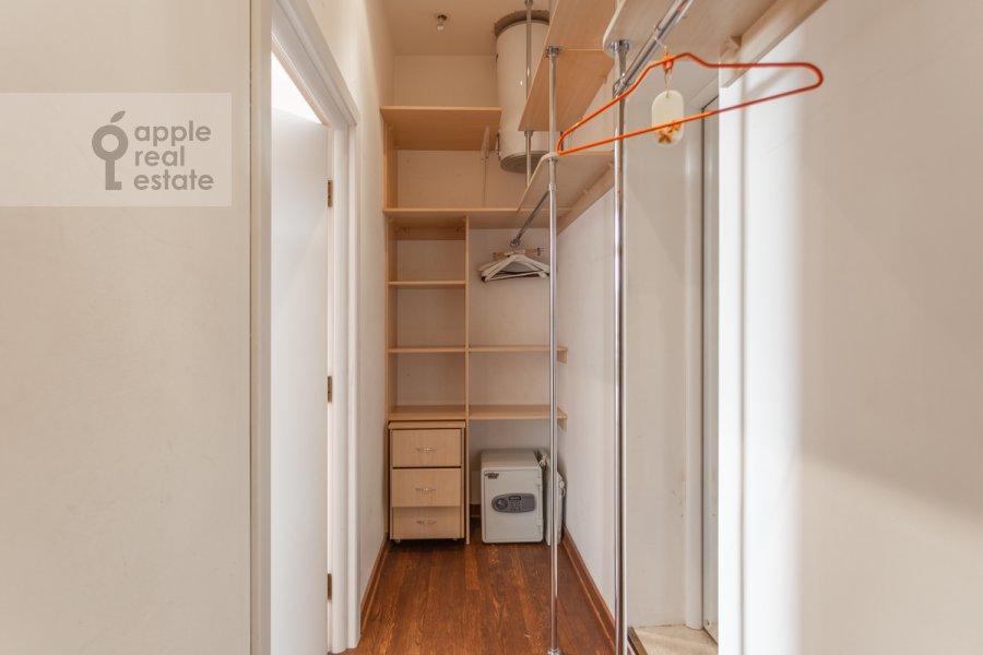 Walk-in closet / Laundry room / Storage room of the 3-room apartment at Frunzenskaya naberezhnaya 46