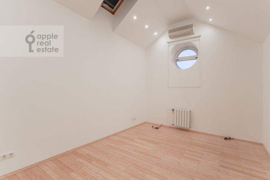 Детская комната / Кабинет в 6-комнатной квартире по адресу Мясницкая улица 21С8