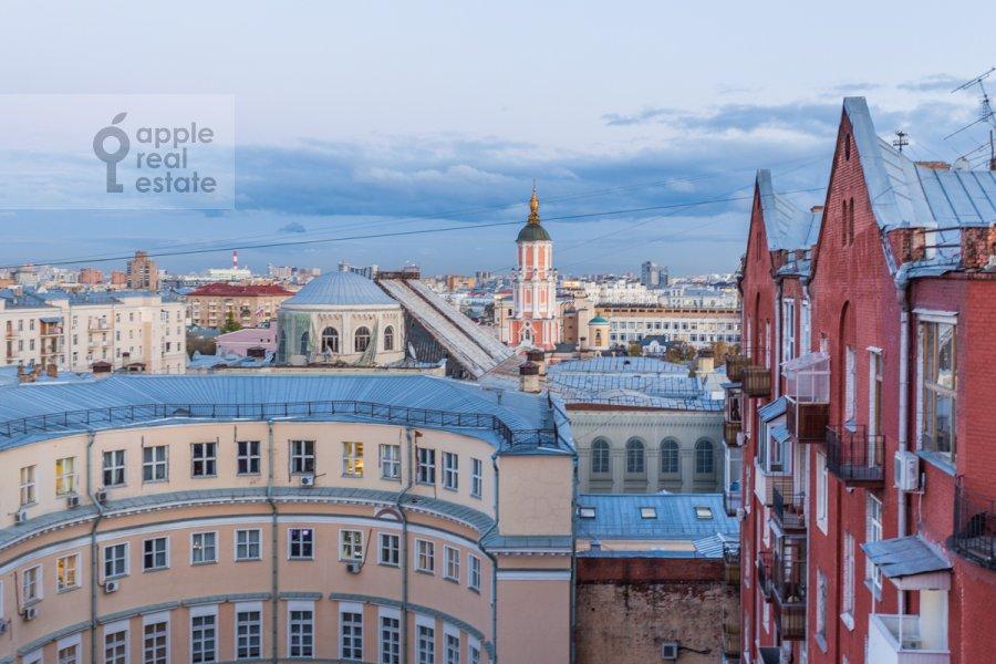 Вид из окна в 6-комнатной квартире по адресу Мясницкая улица 21С8