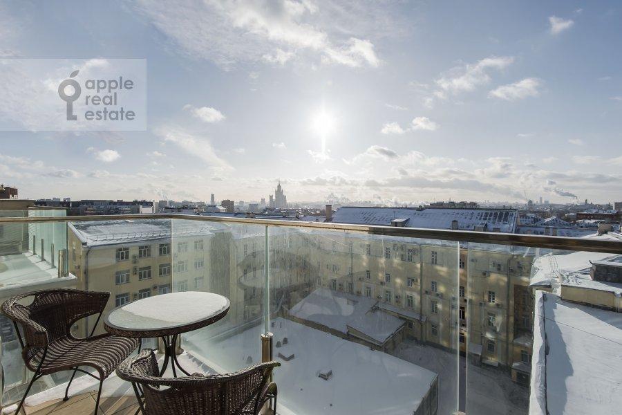 Balcony / Terrace / Loggia of the 4-room apartment at Kazarmennyy pereulok 3