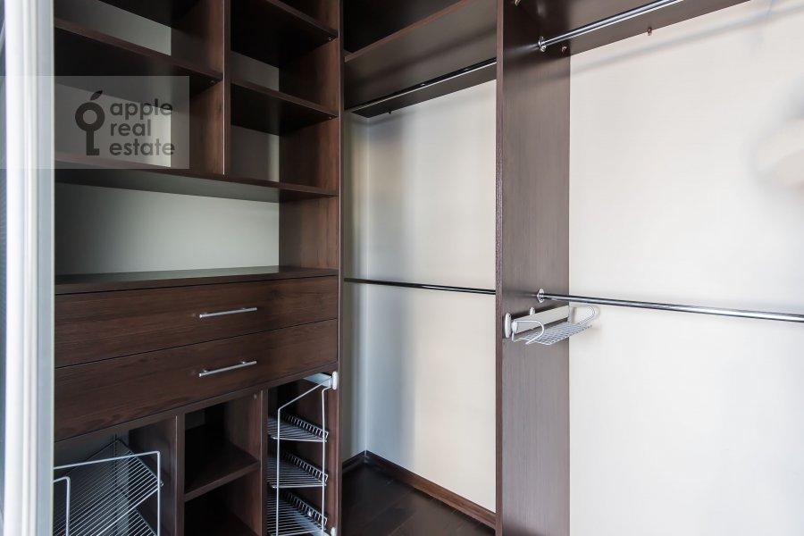 Walk-in closet / Laundry room / Storage room of the 4-room apartment at Kazarmennyy pereulok 3