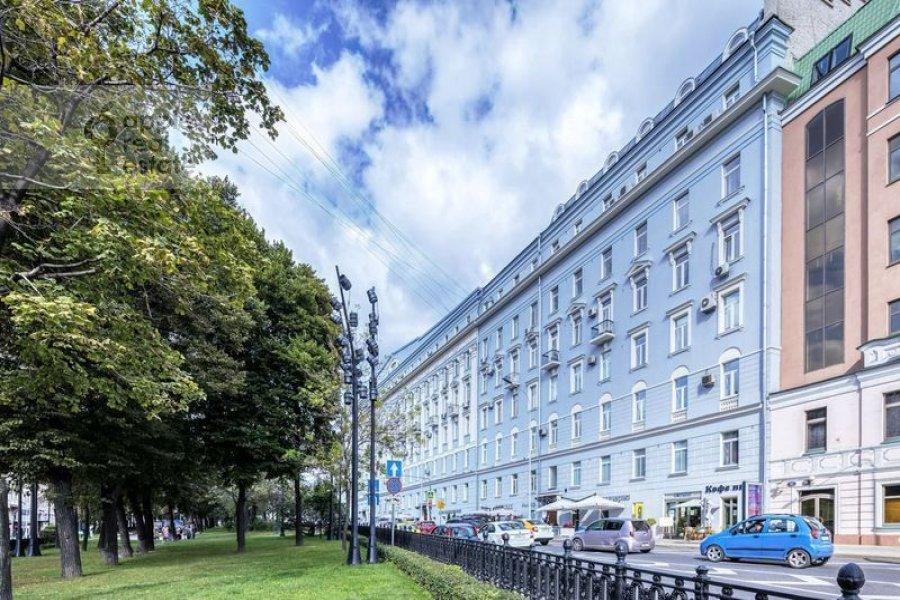Photo of the house of the 4-room apartment at Nikitskiy bul'var 12
