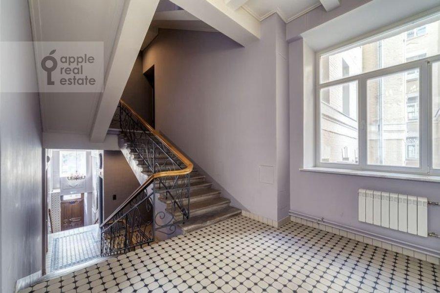 Balcony / Terrace / Loggia of the 4-room apartment at Nikitskiy bul'var 12