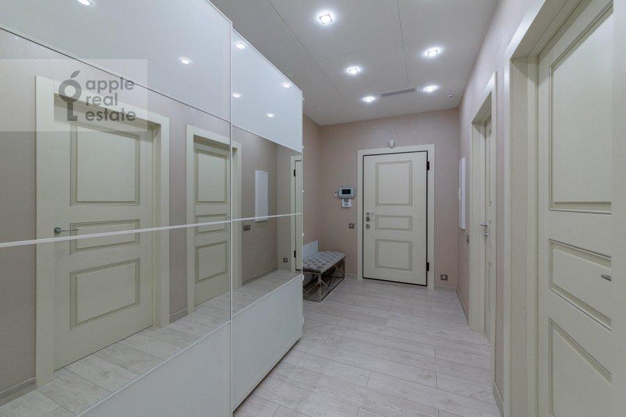 Corridor of the 4-room apartment at Mytnaya ulitsa 7s1