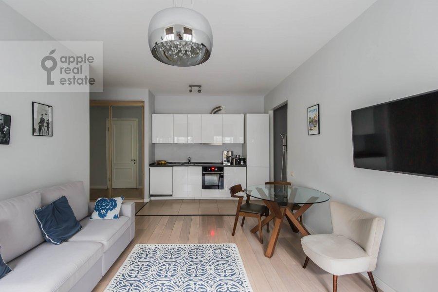 Гостиная в 3-комнатной квартире по адресу Спиридоньевский переулок 5С2