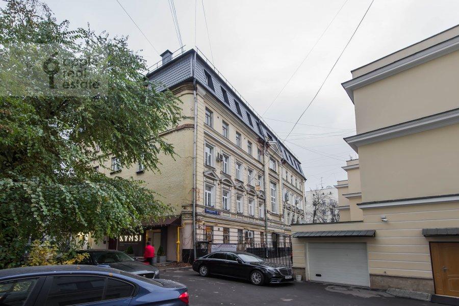 Фото дома 3-комнатной квартиры по адресу Спиридоньевский переулок 5С2