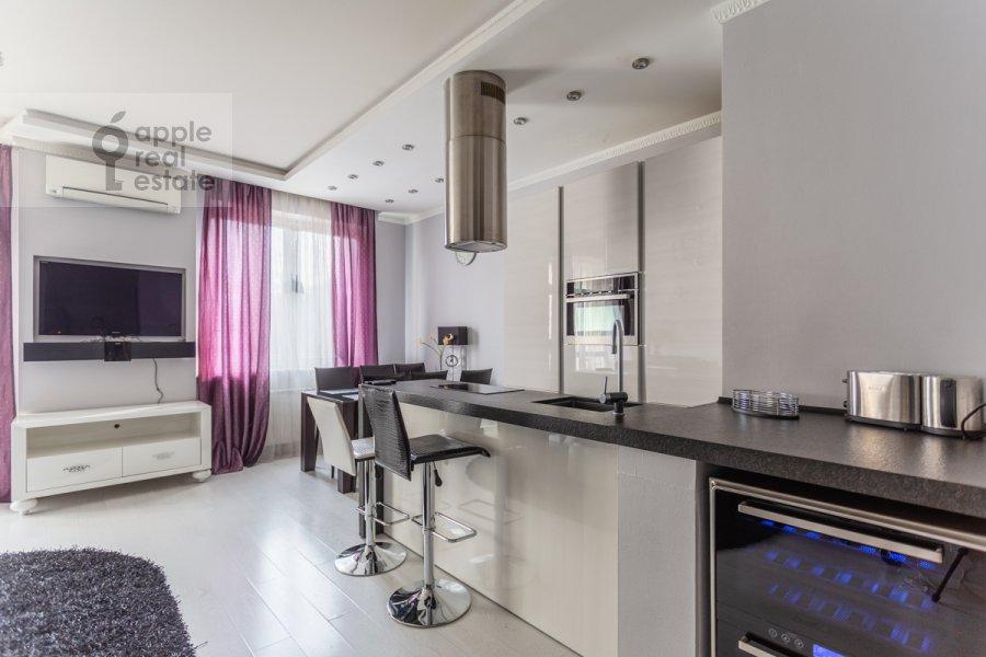 Kitchen of the 3-room apartment at ulitsa Presnenskiy Val 16S3