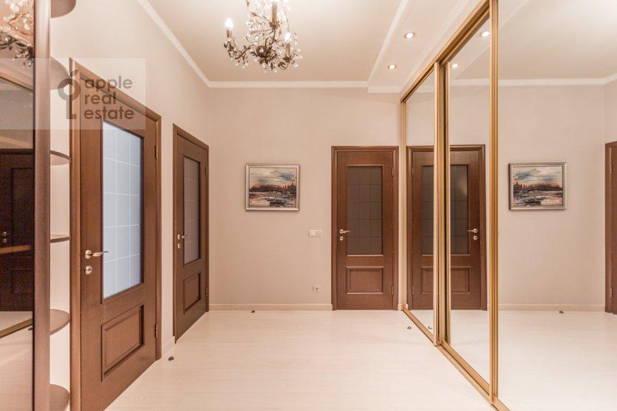 Corridor of the 3-room apartment at ulitsa Presnenskiy Val 16S3