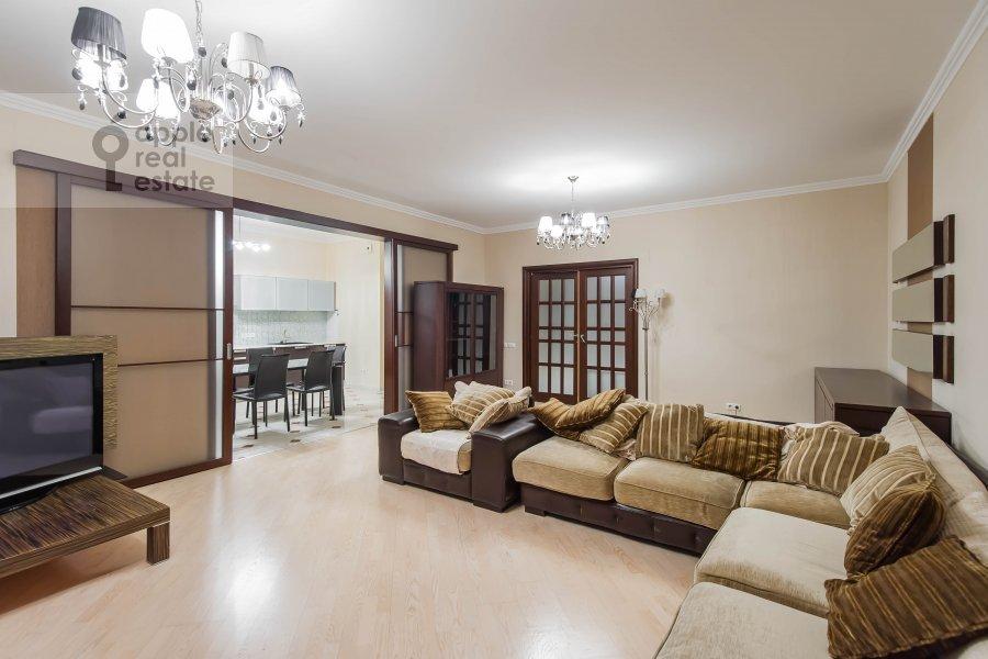 Living room of the 2-room apartment at Leninskiy prospekt 106k1