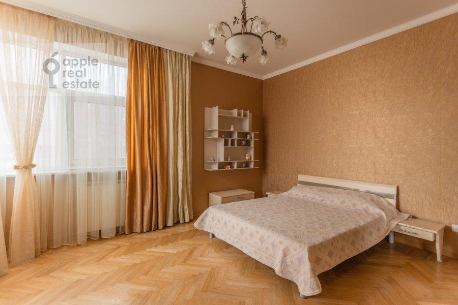 Bedroom of the 4-room apartment at 1-y pereulok Truzhenikov 12 s 3
