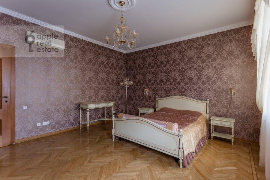 Спальня в 4-комнатной квартире по адресу 1-й переулок Тружеников 12 с 3