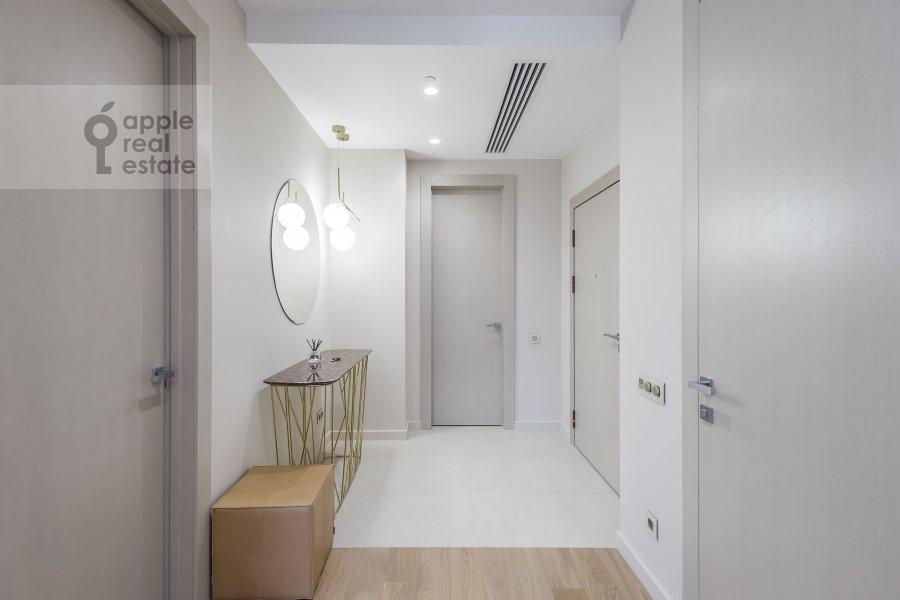 Коридор в 3-комнатной квартире по адресу Новый Арбат 32