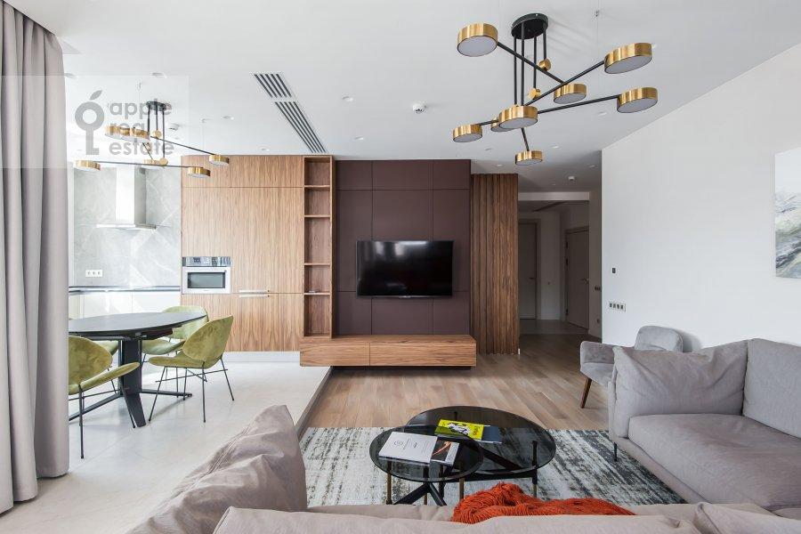 Гостиная в 3-комнатной квартире по адресу Новый Арбат 32