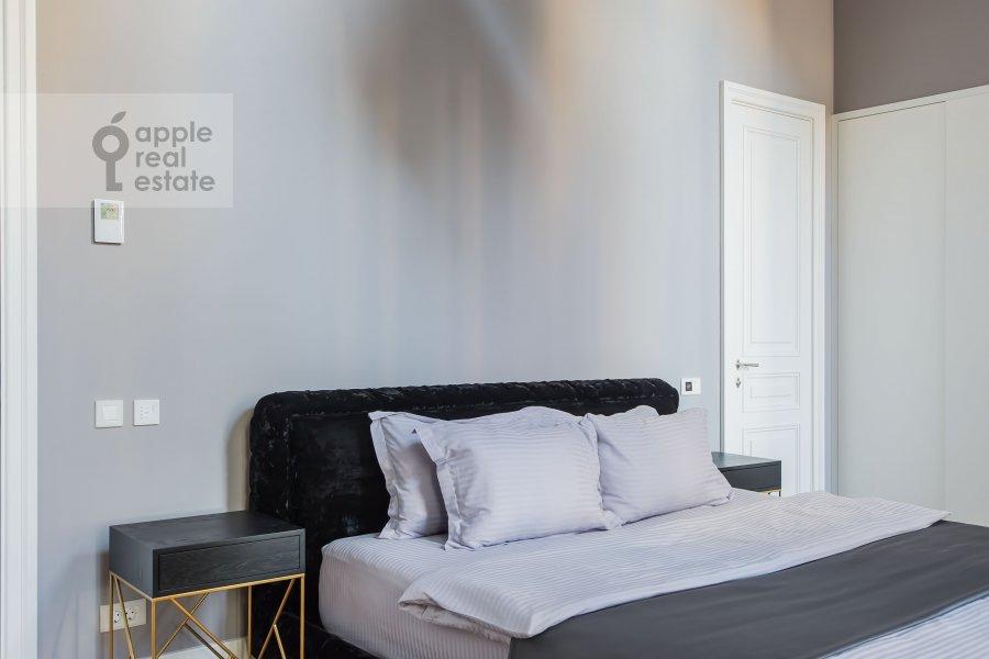 Bedroom of the 2-room apartment at Nikol'skaya ul., 10/2S2b