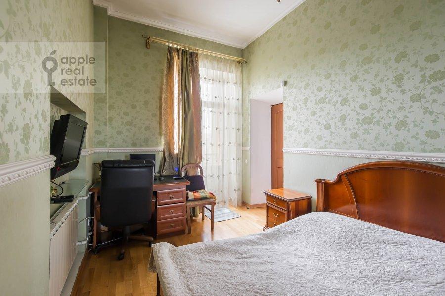 Bedroom of the 3-room apartment at Bol'shaya Sadovaya ulitsa 3s1